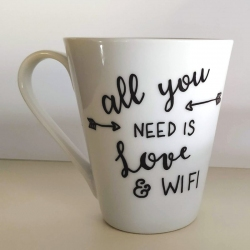 """Tazza """"All You Need Is Love And WiFi"""""""